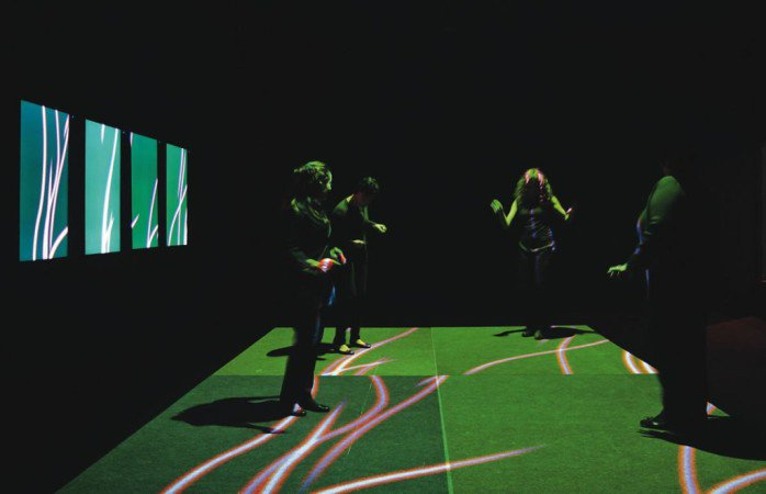 Interactive dance floor won the prize on Rumos Arte Cibernética contest